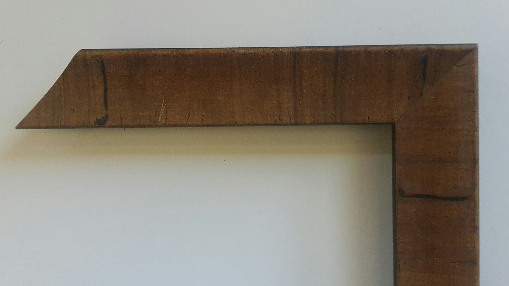 Fabira Tuco Wurzelfurnier Hellbraun, Rücken Schwarz ca. 30mm × 23mm